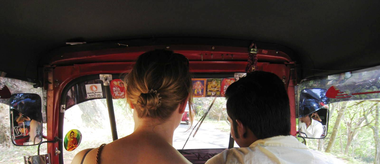 Tuk-Tuk-fahren-Sri-Lanka